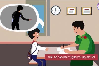 Liên đội trường TH&THCS Phong Đông tuyên truyền tác hại của ma tuý học đường