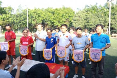 Công chức, viên chức trường TH&THCS Phong Đông tham gia giải bóng đá chào mừng Kỷ niệm 36 năm ngày Nhà giáo Việt nam 20/11/1982-20/11/2018
