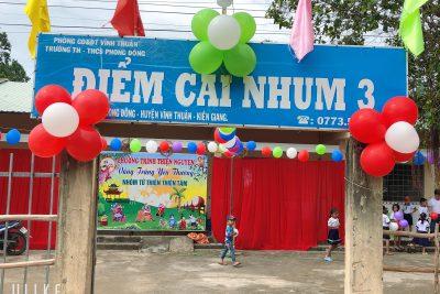 Trung thu về với Học sinh nghèo Điểm trường Cái Nhum 3