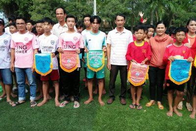 Trường TH&THCS Phong Đông tổ chức giải bóng đá nam năm học 2020-2021